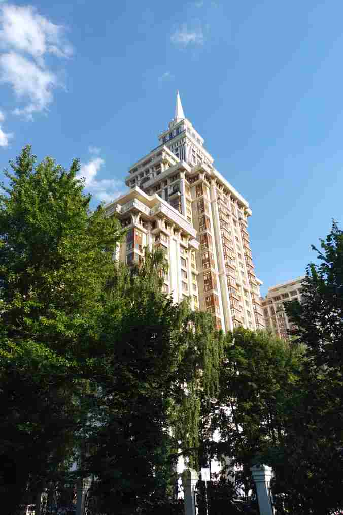 Long-term apartment rental in Moscow for expats